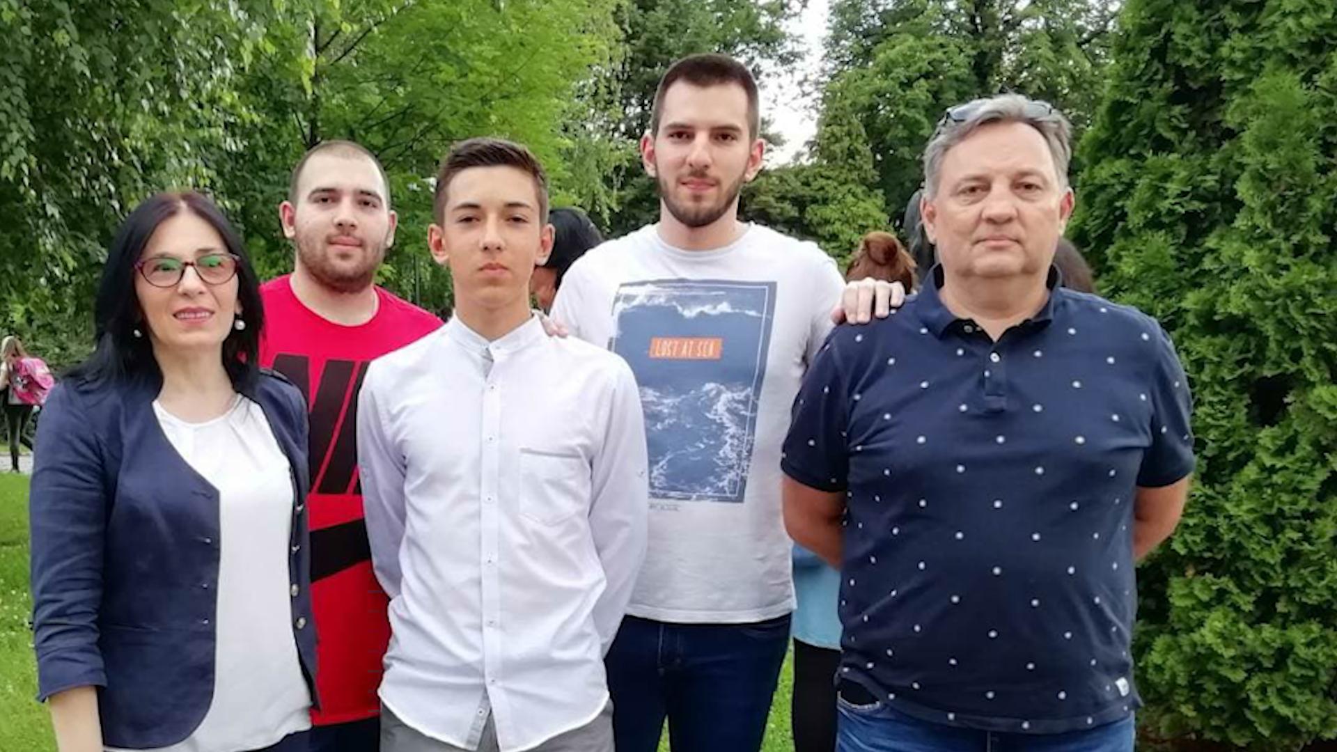 NAMA TREBA VIŠE BEBA – Porodica Aćimović