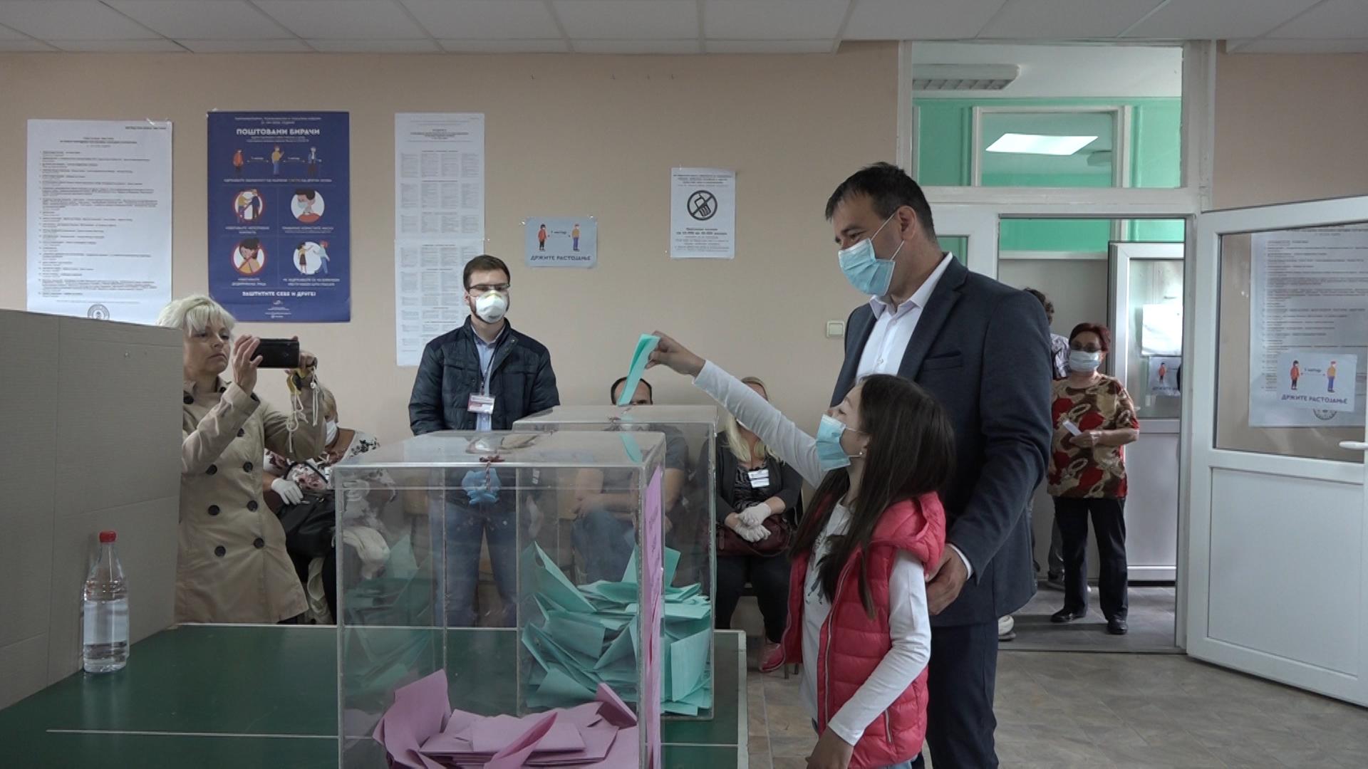 Izborni proces u Paraćinu – Biračko mesto br. 1, MZ Vrapčane