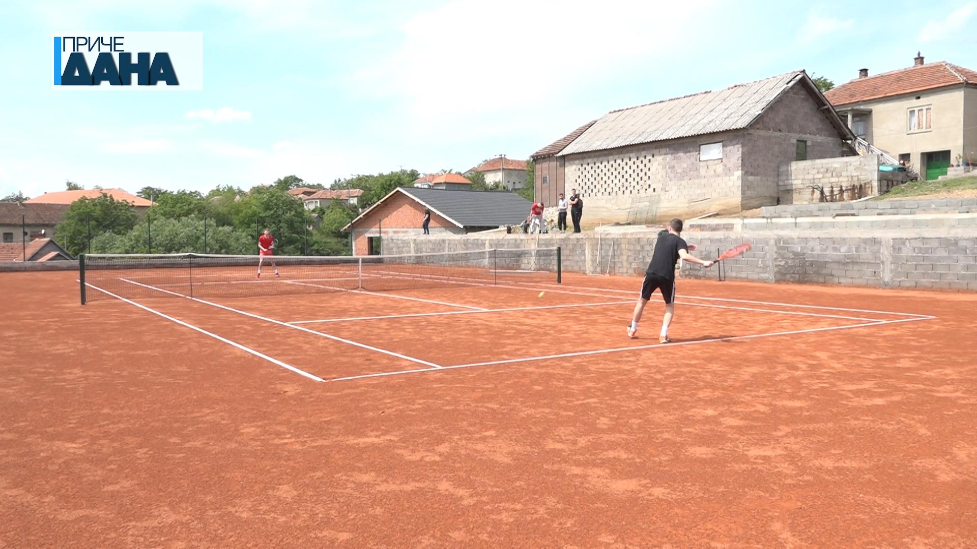 Teniski teren u Buljanu