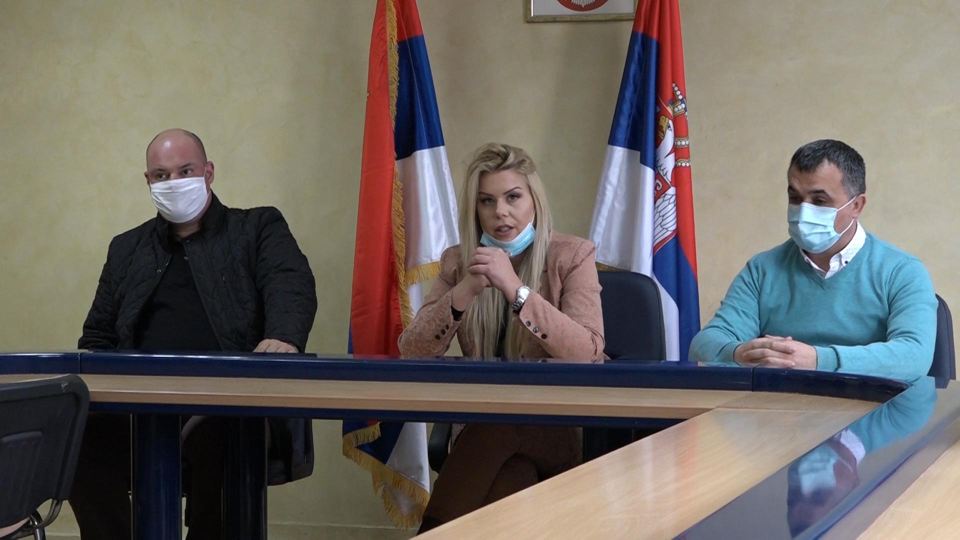 Dom omladine Paraćin organizuje prikupljanje novca za lečenje Mie Žikić
