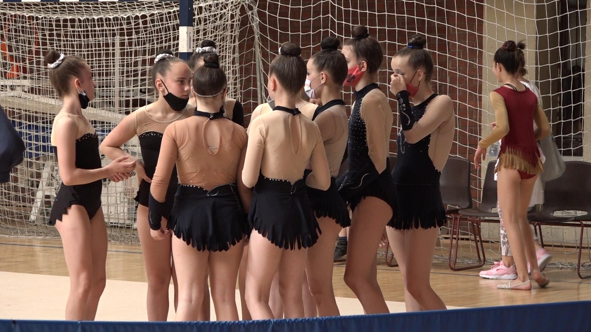 Gimnastički klub Paraćin domaćin prvenstva Srbije u grupnim B vežbama