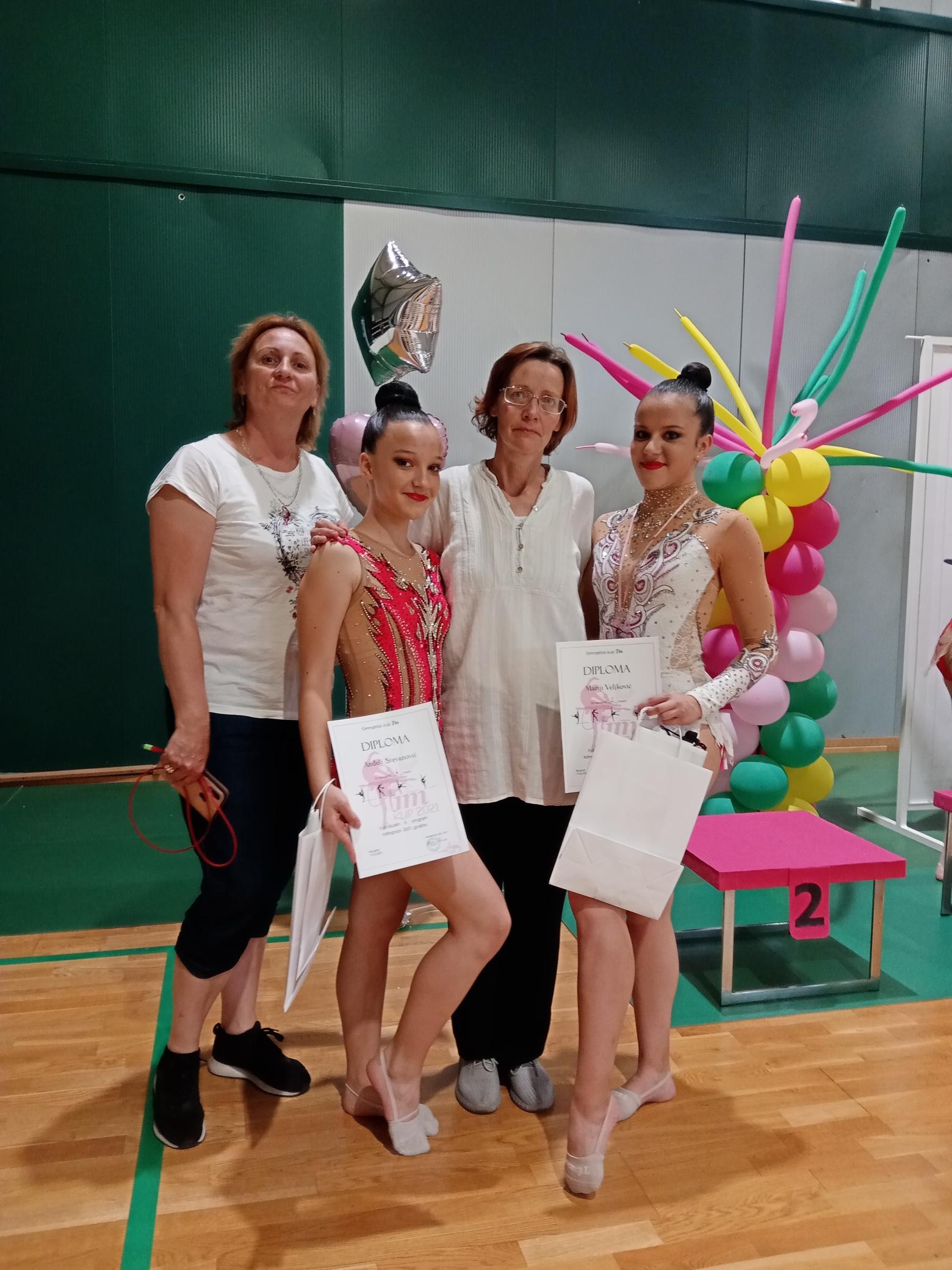 Još medalja za paraćinske gimnastičarke