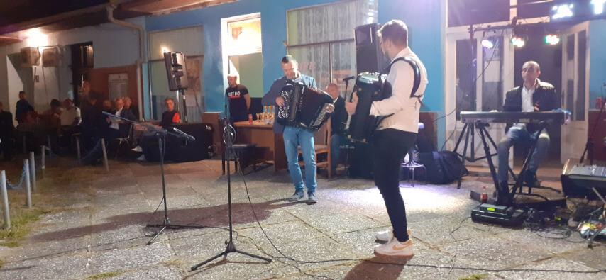 U Svojnovu održano takmičenje harmonikaša