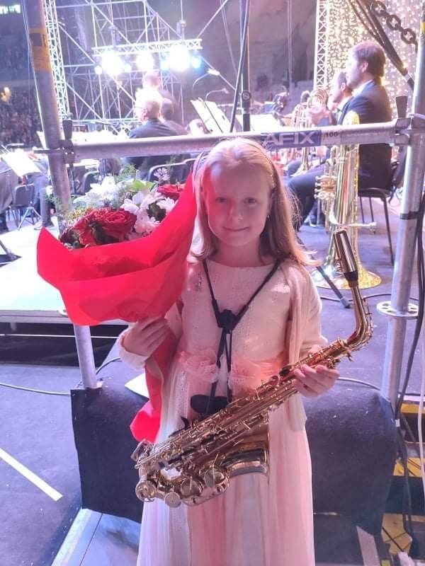 Mlada saksofonistkinja iz Paraćina Kristina Vasić nastupila pored Plasida Dominga na Tašu