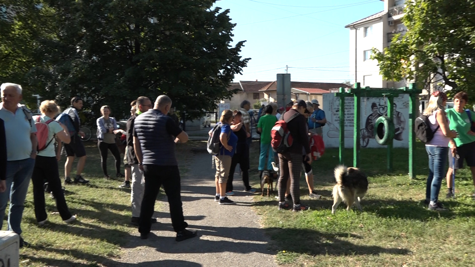 """U Paraćinu održana akcija """"Dan pešačenja – korak bliže zdravlju"""""""